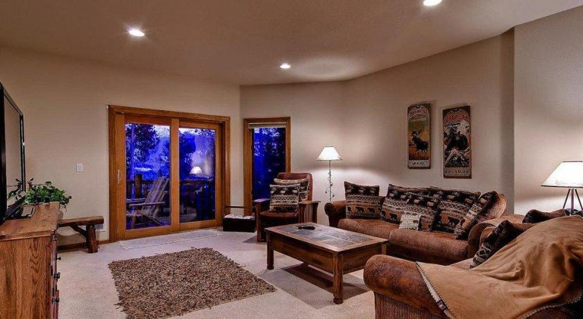 Timber Hill Townhome 50
