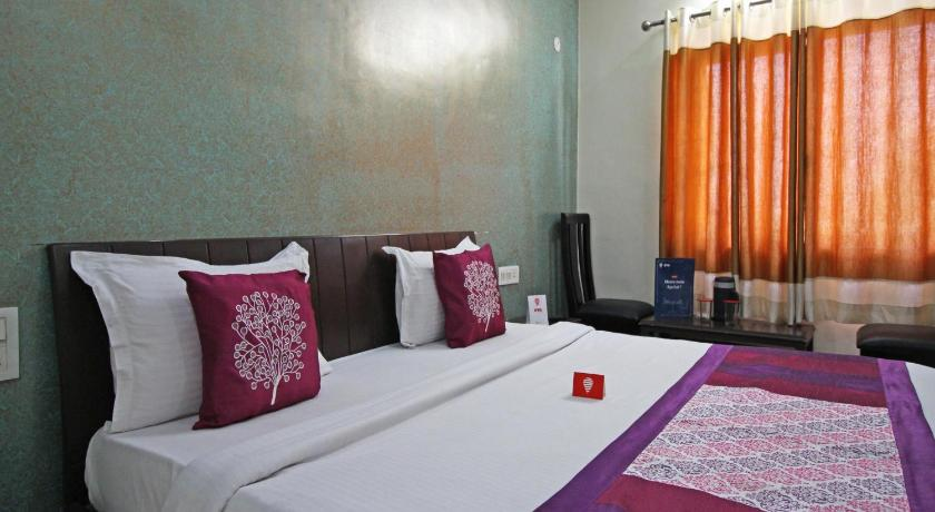 Standard Double Soba - Krevet OYO Rooms Haldwani Railway Station 3