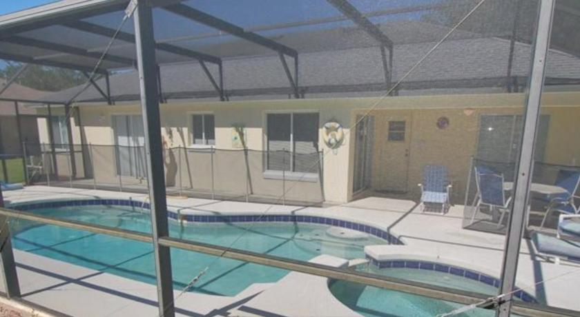 Piscina Vacation Rental Home in Community of Paradise Woods