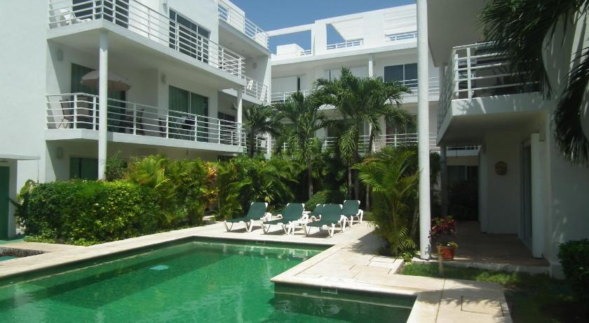 PELICANOS 208 By Caribe Rent