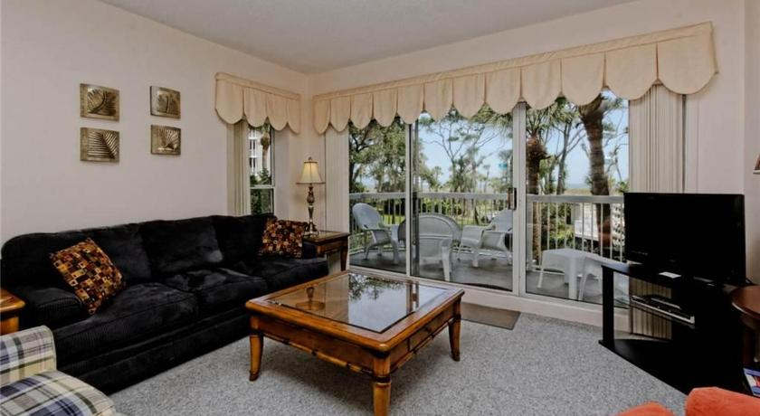 Barrington Arms - One Bedroom Condo - 103