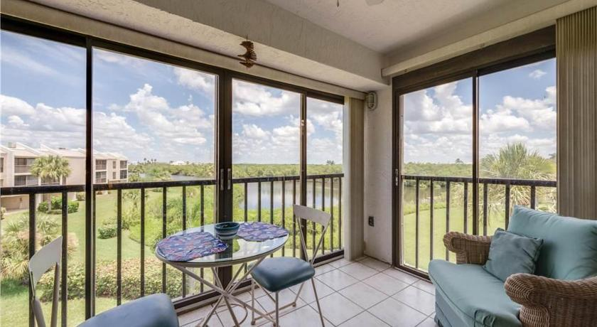 Bay Village - Two Bedroom Condo - 217