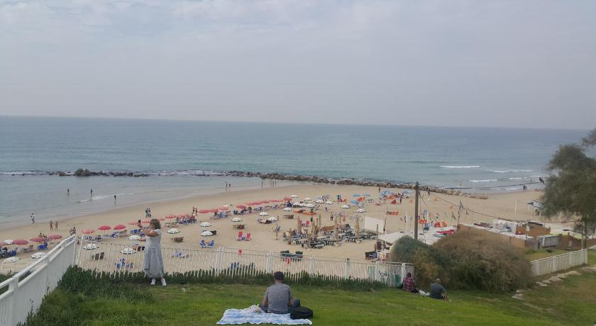 platja Beachfront Boutique Apartment Bat Yam