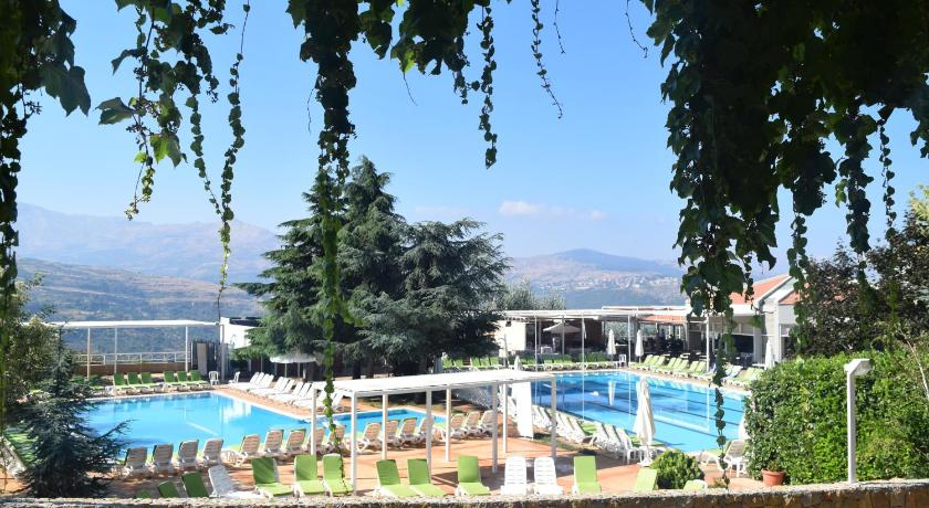 Swimmingpool Ehden Country Club