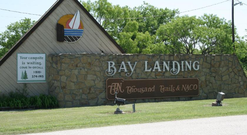 Bay Landing Camping Resort Cabin 7