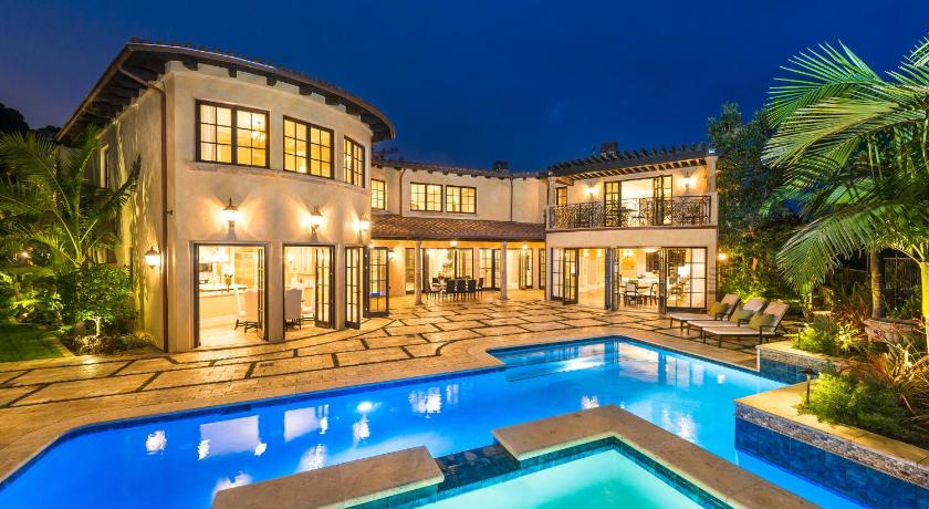 Best price on beautiful 5 bedroom estate in brentwood park - 5 bedroom house for sale los angeles ...