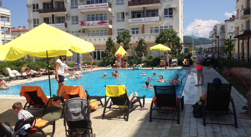 Swimming pool Apartment Imeretinsky on Parusnaya 23