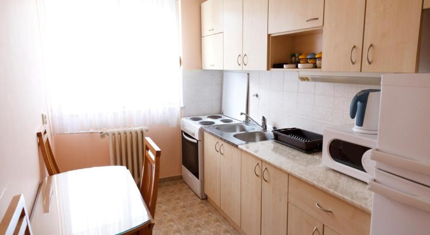 Downtown Belgrade Apartments - CHERRY