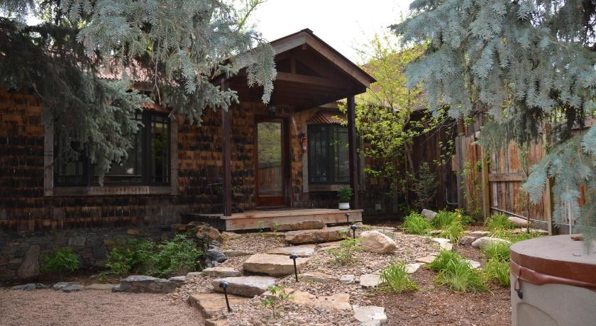 See All 34 Photos The Cabins At Country Road
