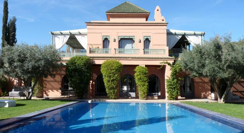 More about Villa Palmeraie
