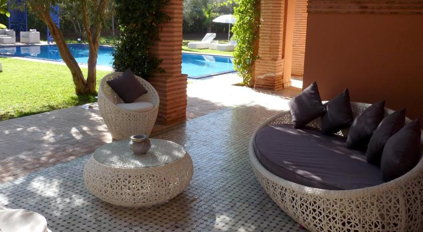 Villa With Private Pool - Balcony/terrace Villa Palmeraie