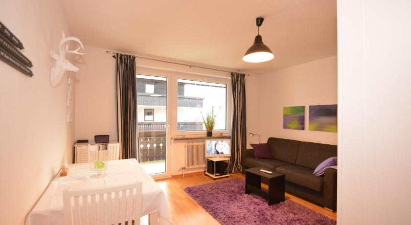 Best Price on Apartment Areit Holidays - Zell am See in Zell Am See ...