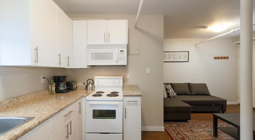 One-Bedroom Apartment Downtown Vancouver