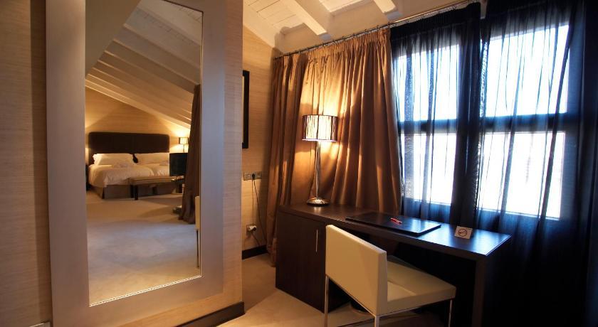 Hotel La Trufa Negra 10