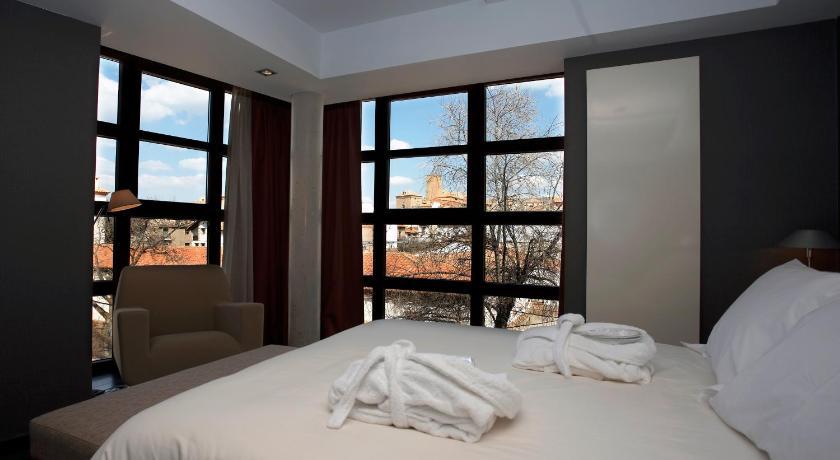 Hotel La Trufa Negra 8