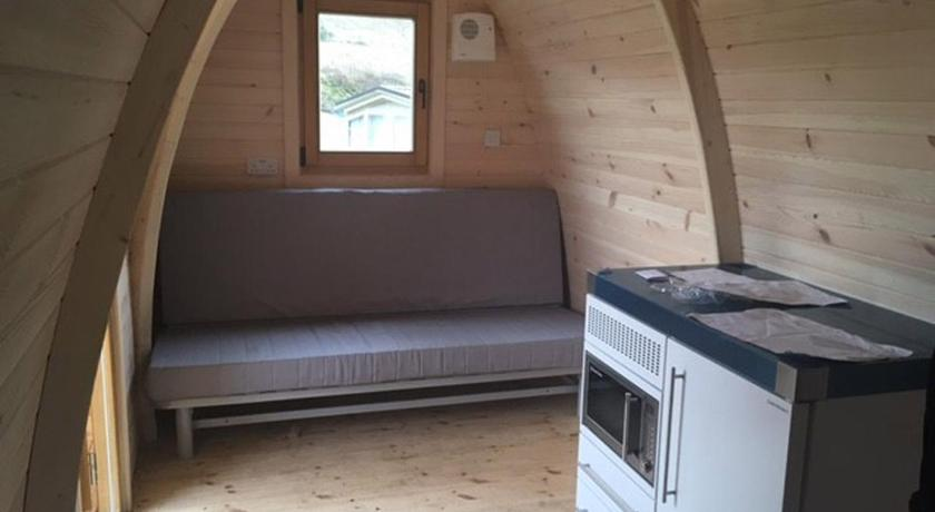 Camping Pod 4(NO WC) - Lova Corriefodly Holiday Park