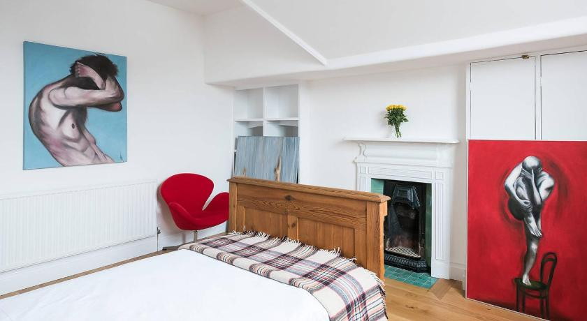 5 Bed Apartment Thurlow Park Road