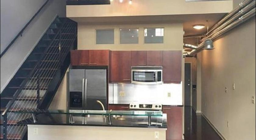 1 Bedroom Loft in the Heart of Atlantic Station