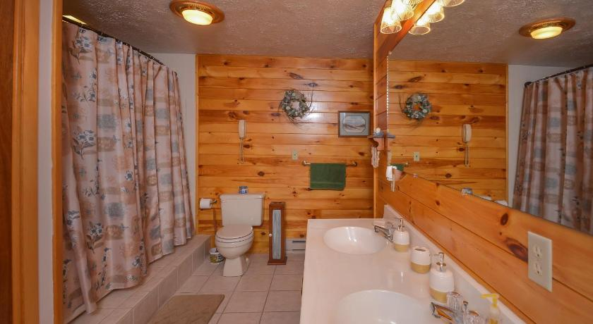 Bagno Bella Woods Three-Bedroom Holiday Home