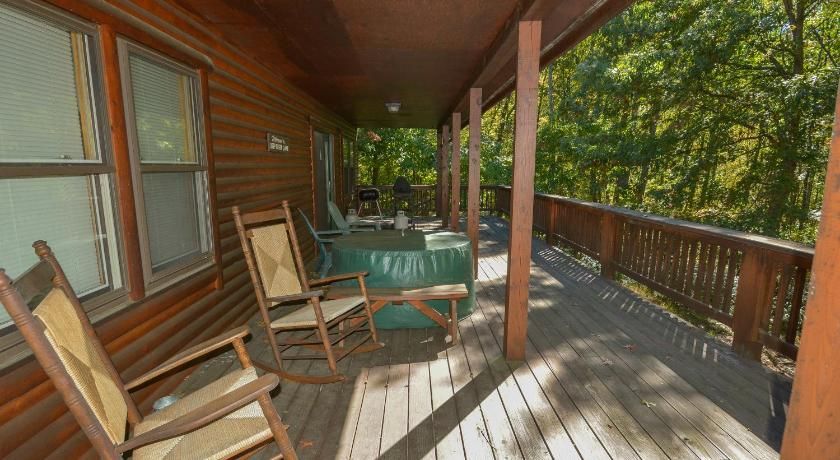 Bella Woods Three-Bedroom Holiday Home