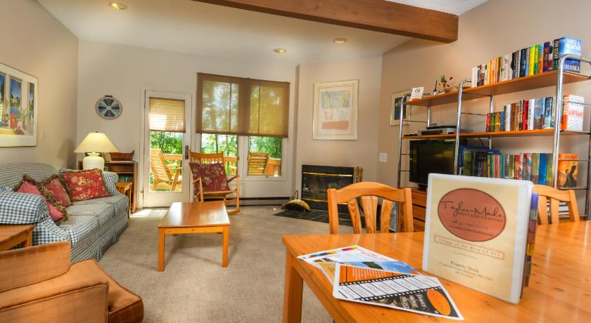 Two-Bedroom Townhome - Facilities Villages of the Wisp #13 Lakeview Court Two-Bedroom Townhome