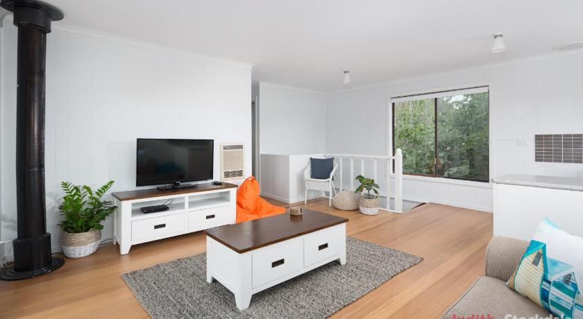 Separate living room Phillip Island Beach House