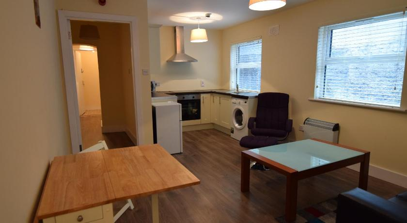 More About North Strand Apartments