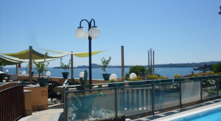 Best Price on Hotel Bel Soggiorno Beauty & Spa in Toscolano ...