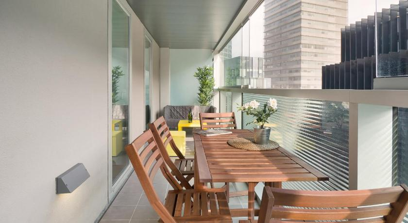 Balcony/terrace Centric Apartment Gran Via1
