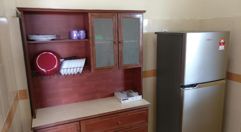 Apartman s Pogledom na Bazen UV Bear Hill Apartment