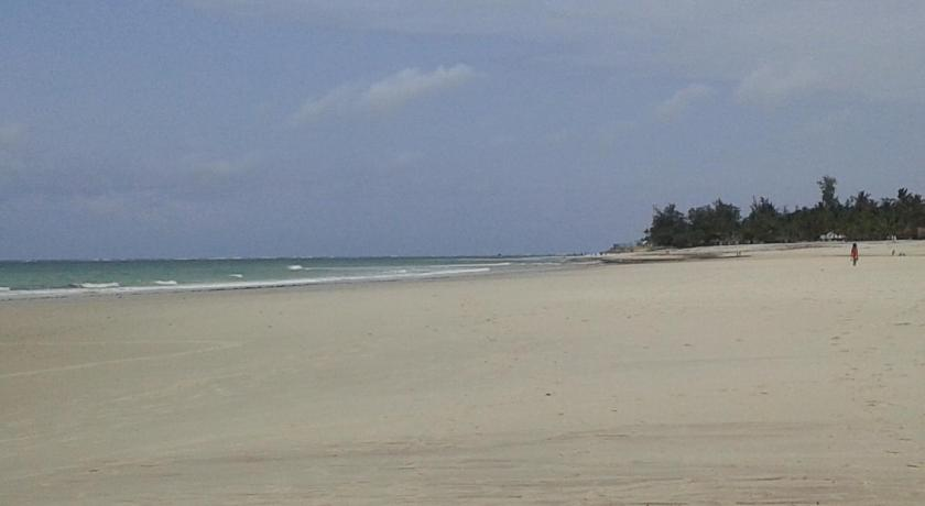 strand African Dream Cottages - Diani Beach