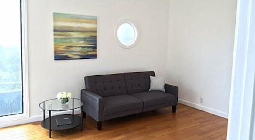 See all 28 photos 2BR Apartment: Modern Design, Amazing Pacific Ocean View, Fully Wired