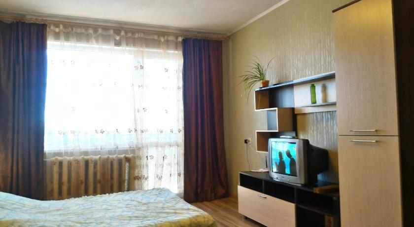شقة مع شرفة Apartment Na Klenovoy