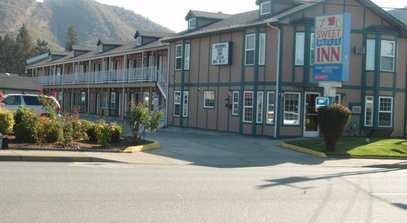 مدخل Sweet Breeze Inn Grants Pass