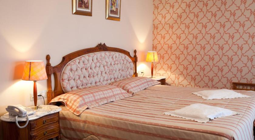 boutique hotels in arminza  36