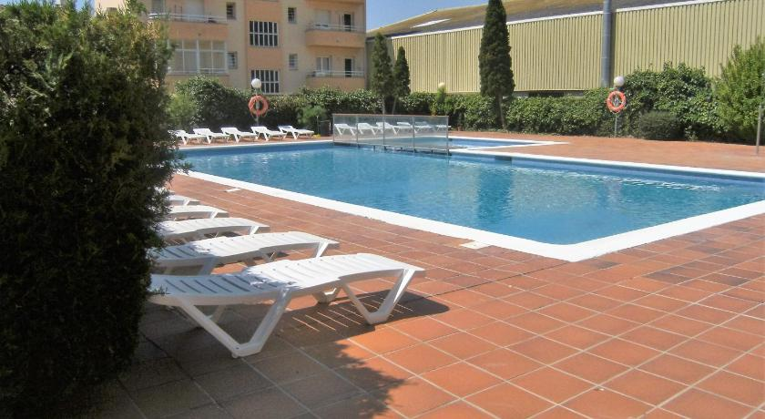 Swimming pool Apartamentos del Sol