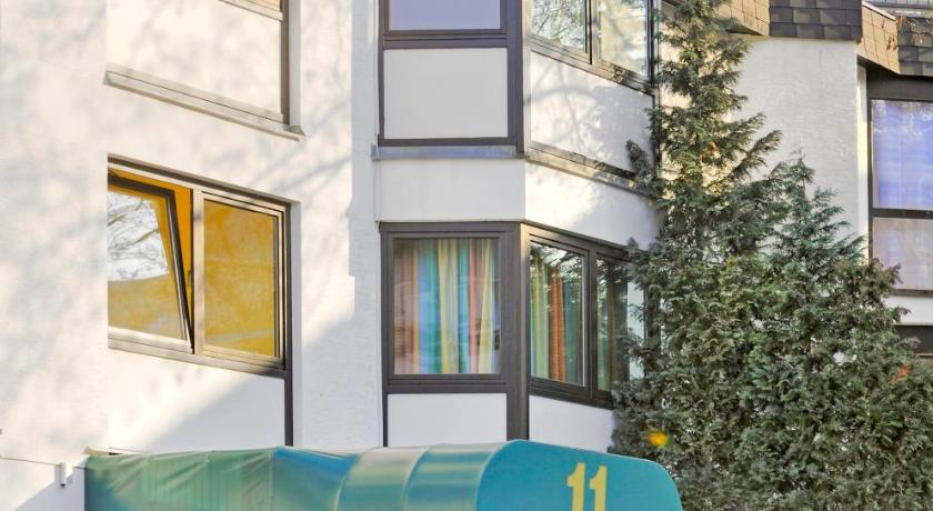 أبارتمنتهاوس رقم 11 (Apartmenthaus No. 11)