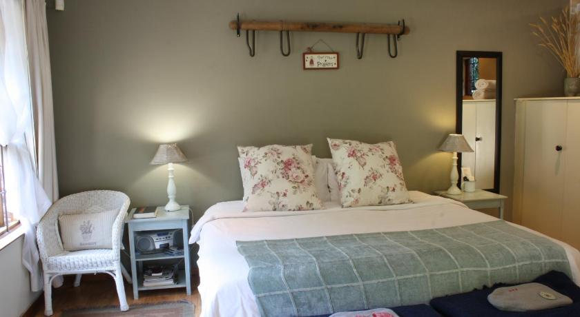 Lilac - Superior Double or Twin Room with Terrace Babbling Brook Bed & Breakfast