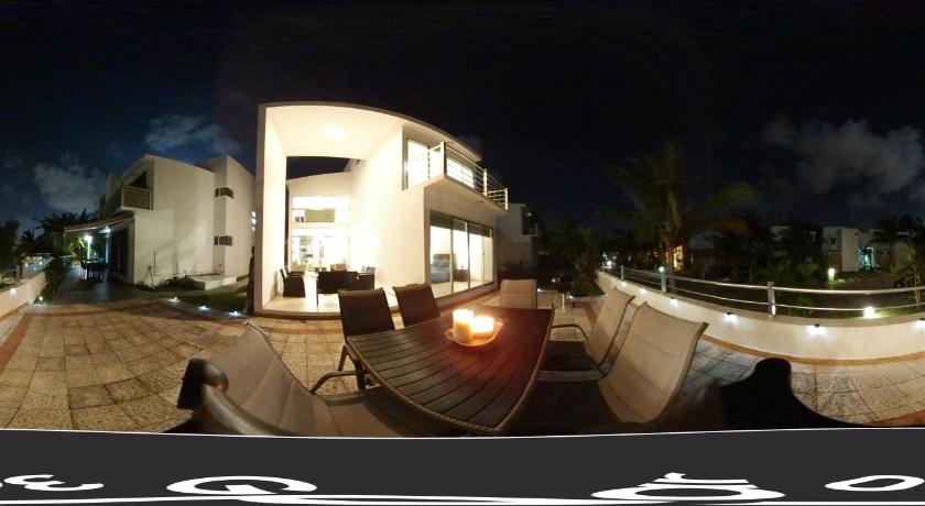 Luxury house in exclusive Playacar