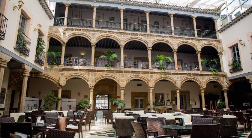 Palacio De Los Velada-9528679