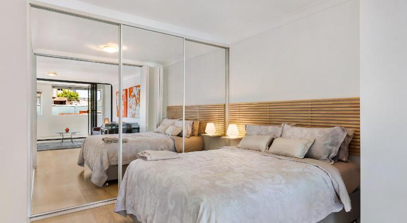 Potts Point Fully Selt Contained One Bedroom Apartment 18mac 93 MacLeay Street