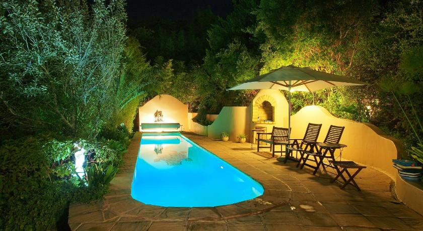 Swimmingpool Only You Country House