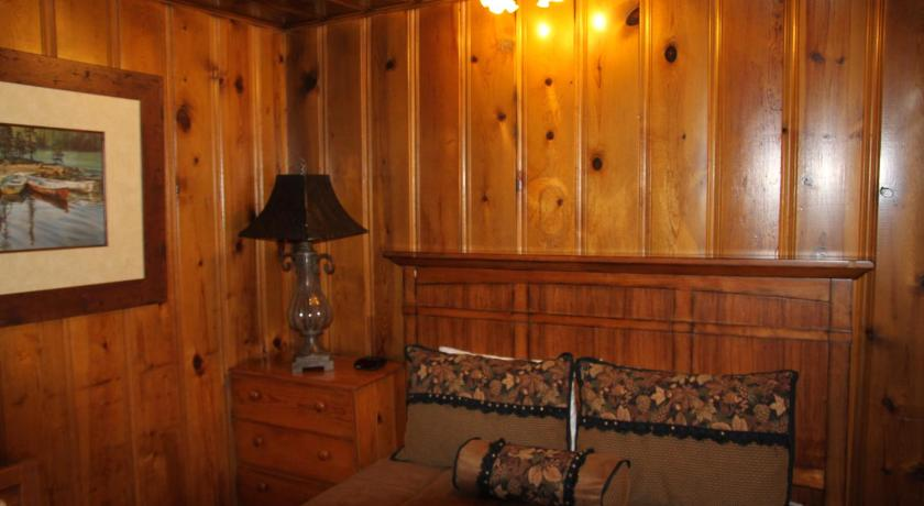 Holiday Home - Guestroom Big 10 Cabins Greer Arizona