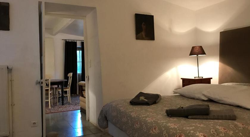 Valensole Hotel De Charme