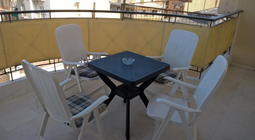 Balcony/terrace Apartment Matrozou Great View