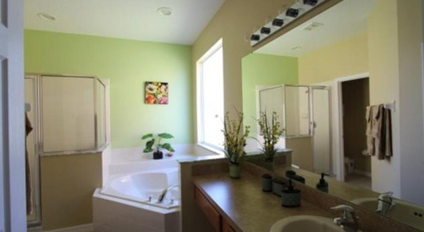 Deluxe Villa - Bathroom Lovely 8 BR Pool/Spa Villa Laundry Game room Free Internet 3 mi to Disney