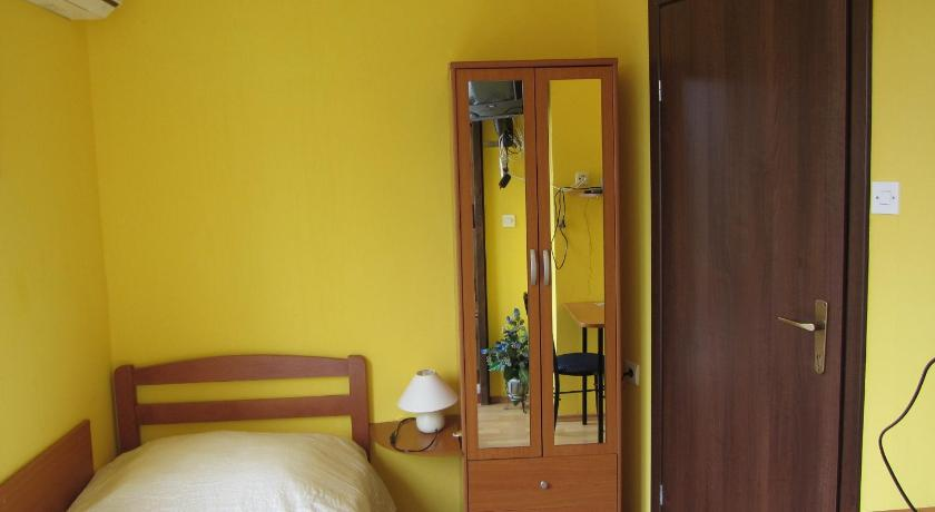 Standard Single Room Villa Vilma
