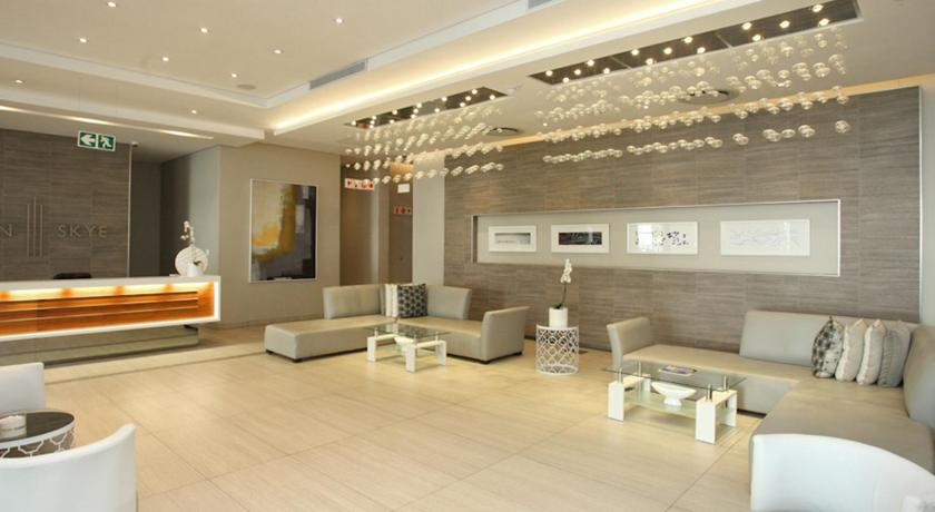 Lobby Luxurious Sandton Skye Apartment