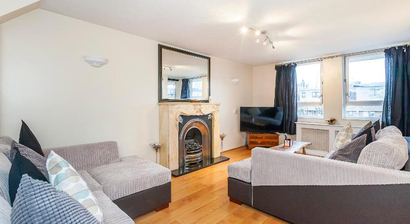 Tower Bridge Apartments Book Online Bed Breakfast Europe - London bridge apartments