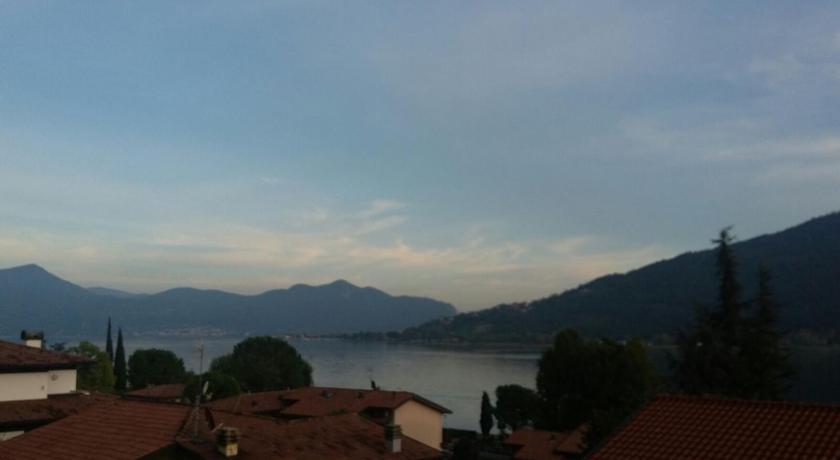 La Terrazza sul Lago | Book online | Bed & Breakfast Europe